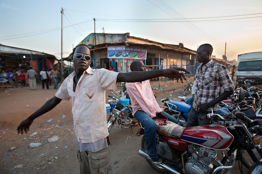 11 januay 2011 - Juba, South Sudan - Bodaboda drivers in Juba streets. Ballots are counted following a weeklong independence referendum in Juba, the capital of Southern Sudan. Photo credit: Benedicte Desrus / Sipa Press