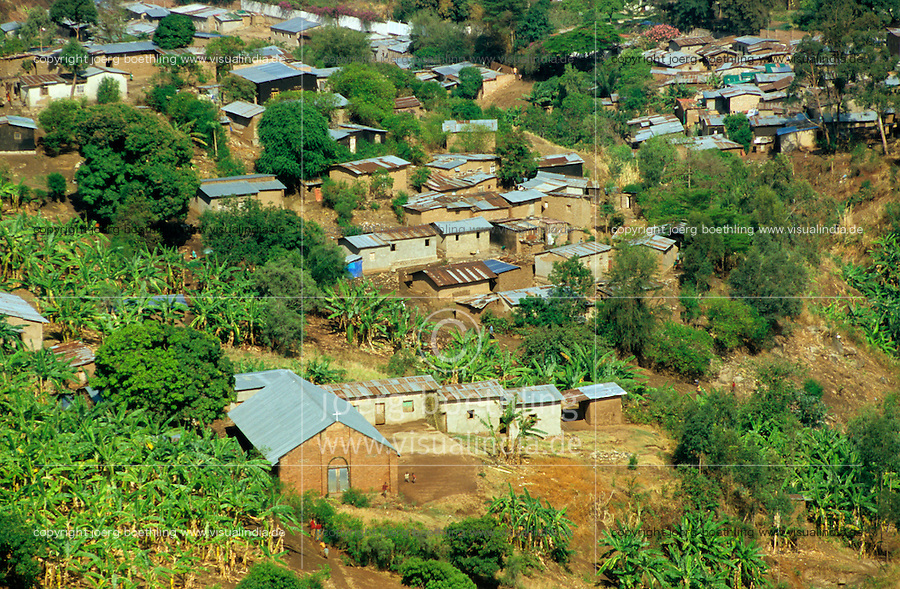 "Afrika Burundi Bujumbura .Township Slum in Bujumbura  - Huette Blechhuetten xagndaz | .slum in Bujumbura Burundi - hut houese .| [ copyright (c) Joerg Boethling / agenda , Veroeffentlichung nur gegen Honorar und Belegexemplar an / publication only with royalties and copy to:  agenda PG   Rothestr. 66   Germany D-22765 Hamburg   ph. ++49 40 391 907 14   e-mail: boethling@agenda-fototext.de   www.agenda-fototext.de   Bank: Hamburger Sparkasse  BLZ 200 505 50  Kto. 1281 120 178   IBAN: DE96 2005 0550 1281 1201 78   BIC: ""HASPDEHH"" ,  WEITERE MOTIVE ZU DIESEM THEMA SIND VORHANDEN!! MORE PICTURES ON THIS SUBJECT AVAILABLE!! ] [#0,26,121#]"