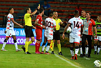 MEDELLÍN-COLOMBIA, 10-10-2019: Luis Fernando Trujillo, arbitro, muestra tarjeta amarilla a Matías Pérez (10) de Cúcuta Deportivo, durante partido de la fecha 16 entre Deportivo Independiente Medellín y Cúcuta Deportivo, por la Liga Águila II 2019, en el estadio Atanasio Girardot de la ciudad de Medellín. / Luis Fernando Trujillo, referee  shows yellow card to Matias Perez (10) of Cucuta Deportivo, during a match for the 16th date between Deportivo Independiente Medellin and Cucuta Deportivo, for the Aguila Leguaje II 2019 at the Atanasio Girardot stadium in Medellin city. Photos: VizzorImage  / León Monsalve / Cont