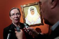 La curatrice della mostra Helga Prignitz-Poda davanti all'opera Autoritratto come Tehuana o Diego nei miei pensieri<br /> Roma 18-03-2014 Scuderie del Quirinale. Inaugurazione vernissage della mostra dedicata a Frida Kahlo.<br /> Opening of the exhibition of Frida Kahlo.<br /> Photo Samantha Zucchi Insidefoto