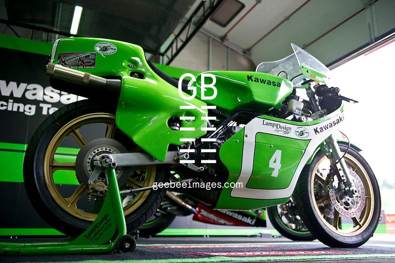 2016 FIM Superbike World Championship, Round 05, Imola, Italy, 29 April - 1 May 2016, Kawasaki KR 250, Kawasaki Ninja ZX-10R