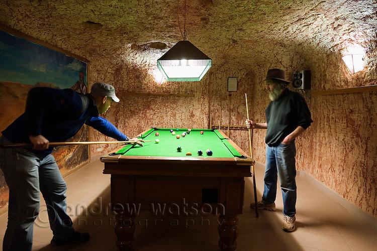 Underground billiards room at Radeka's Downunder Dugout Motel.  Coober Pedy, South Australia, AUSTRALIA.  © Andrew Watson / Axiom