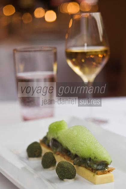 """Europe/France/Alsace/68/Haut-Rhin/Kaysersberg: Escargots de la vallée de la Weiss, façon nouvelle mode,  Recette d' Olivier Nasti du restaurant """"Le Chambard """""""