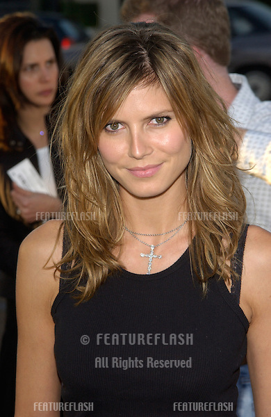 Supermodel HEIDI KLUM at the Los Angeles premiere of Full Frontal..23JUL2002 © Paul Smith / Featureflash