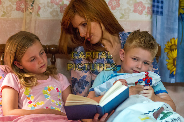 Lane Styles, Kelly Reilly, Connor Corum<br /> in Heaven Is for Real (2014) <br /> *Filmstill - Editorial Use Only*<br /> CAP/FB<br /> Image supplied by Capital Pictures