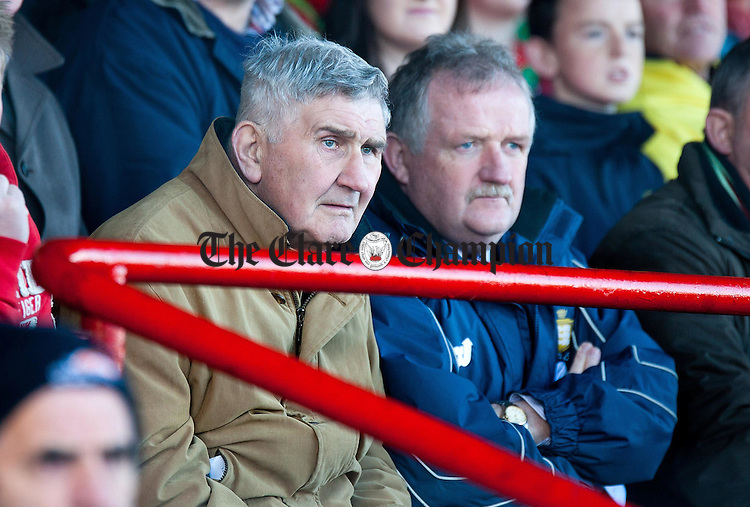 Mick O'Dwyer (left) with Michael O'Neill at the Munster Club Football Championship match between Kilmurry-Ibrickane and Dr Crokes at Quilty.