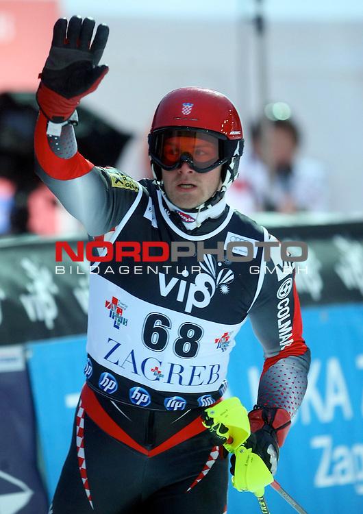 06.01.2011., Sljeme, Zagreb, Croatia - FIS Ski World Cup, Snow Queen Trophy, men slalom race, 1st run.<br /> Natko Zrncic-Dim<br />                                                                                                   Foto:   nph / PIXSELL