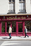 La Charlotte de l'Isle, tearoom and chocolate shop, Rue Saint-Louis en L'ile, Ile Saint-Louis, Paris, France, Europe