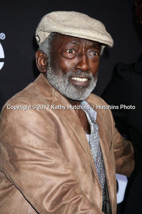 """LOS ANGELES - DEC 7:  Garrett Morris arrives at the Premiere Of Encore's """"Method To The Madness Of Jerry Lewis"""" at Paramount Studios Theater on December 7, 2011 in Los Angeles, CA"""