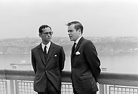 Marcel Masse (D) avec Le couple Royal Thailandais, Rama IX (Bhumibol Adulyadej) et la Reine Sirikit Kitiyakara à Québec<br /> le  22 juin 1967<br /> <br /> Photographe : Photo Moderne