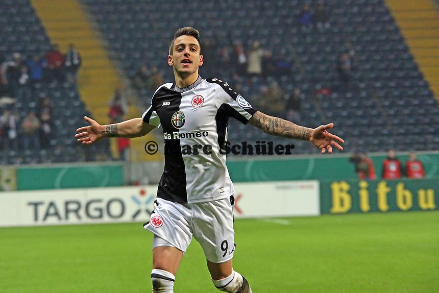Joselu (Eintracht) erzielt das 4:2 und jubelt - Eintracht Frankfurt vs. SV Sandhausen, DFB-Pokal, Commerzbank Arena