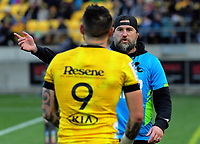 Hurricanes assistant coach Cory Jane talks to TJ Perenara during the Super Rugby Aotearoa match between the Hurricanes and Crusaders at Sky Stadium in Wellington, New Zealand on Saturday, 21 June 2020. Photo: Dave Lintott / lintottphoto.co.nz