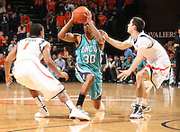 Virginia beat UNC Wilmington 69-67 Monday Jan. 18, 2010 in Charlottesville, Va. UNC Wilmington's Darryl Felder (Photo/The Daily Progress/Andrew Shurtleff)