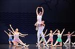 EN SOL....Choregraphie : ROBBINS Jerome..Mise en scene : ROBBINS Jerome..Compositeur : RAVEL Maurice..Compagnie : Ballet de l Opera National de paris..Decor : ERTE..Lumiere : TIPTON Jennifer..Costumes : ERTE..Avec :..DUPONT Aurelie..LE RICHE Nicolas..ALBISSON Amandine..BELLET Aurelia..GRANIER Christelle..RENAVAND Alice..WESTERMANN Severine..ROBERT Caroline..GAUDION Mallory..HOUETTE Aurelien..MAGNENET Florian..MEYZINDI Julien..BERTAUD Sebastien..VALASTRO Simon..Lieu : Opera Garnier..Ville : Paris..Le : 21 04 2010..© Laurent PAILLIER / photosdedanse.com