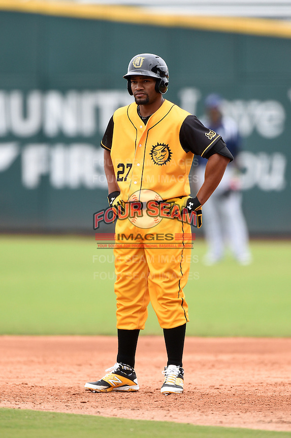 Jacksonville Suns  outfielder Alfredo Silverio (27) during a game against the Pensacola Blue Wahoos on April 20, 2014 at Bragan Field in Jacksonville, Florida.  Jacksonville defeated Pensacola 5-4.  (Mike Janes/Four Seam Images)