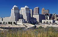 Cincinnati, OH, expressway, downtown skyline, Ohio, Expressway ramp leads to downtown Cincinnati.