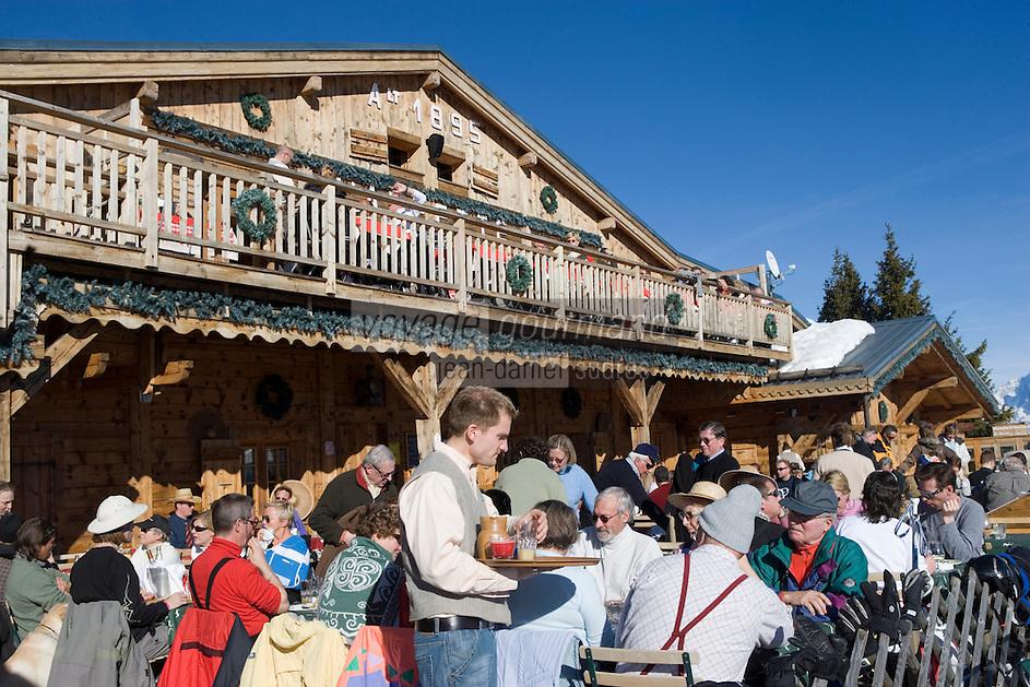 Europe/France/Rhone-Alpes/74/Haute-Savoie/Megève: Restaurant d'Altitude l'Alpette dans le Massif de Rochebrune la terrasse
