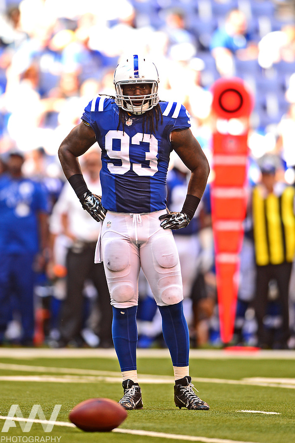 Sep 28, 2014; Indianapolis, IN, USA; Indianapolis Colts outside linebacker Erik Walden (93) against the Tennessee Titans at Lucas Oil Stadium. Mandatory Credit: Andrew Weber-USA TODAY Sports