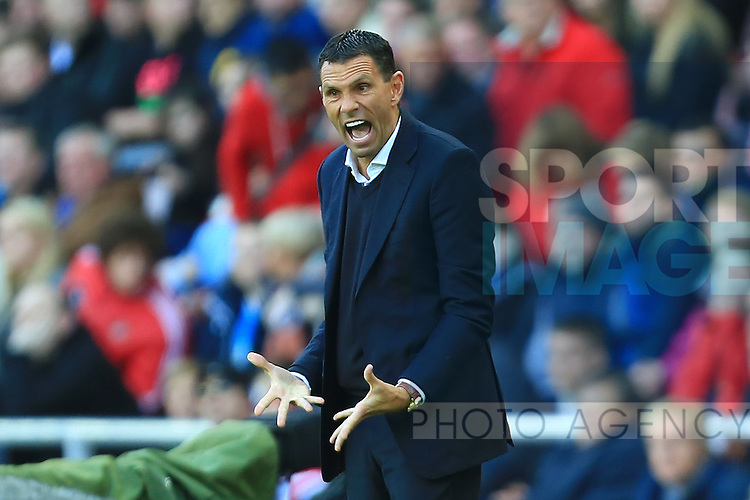Manager of Sunderland, Gus Poyet - Sunderland vs. Arsenal - Barclay's Premier League - Stadium of Light - Sunderland - 25/10/2014 Pic Philip Oldham/Sportimage