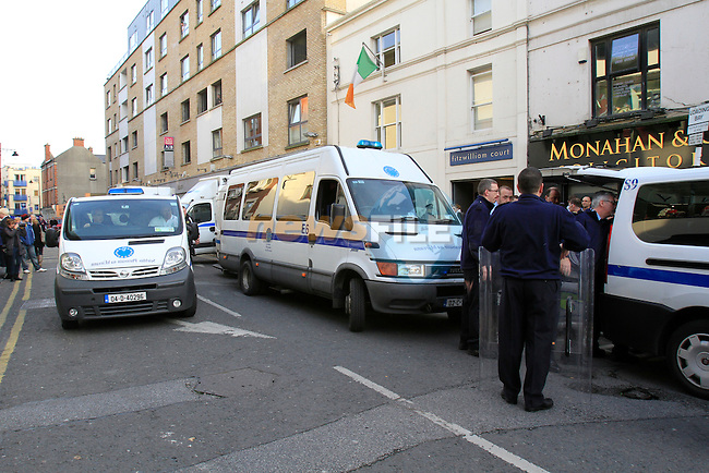 Drogheda Court House in Dyer Street Drogheda, A number if people that were in custody took over part of the court  and baracaded them selves in. Garda, the Garda Armed support Unit and the Riot squad from the Prison service entered the building  and removed the five occupant. with the amount of Prison service and Garda Vehicles the centre of Drogheda came to a standstill for a number of hours white the situation was delt with..Picture Fran Caffrey www.newsfile.ie