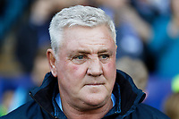 Sheffield Wednesday manager Steve Bruce watches the game from the touch line during the Sky Bet Championship match between Sheffield Wednesday and Swansea City at Hillsborough Stadium, Sheffield, England, UK. Saturday 23 February 2019