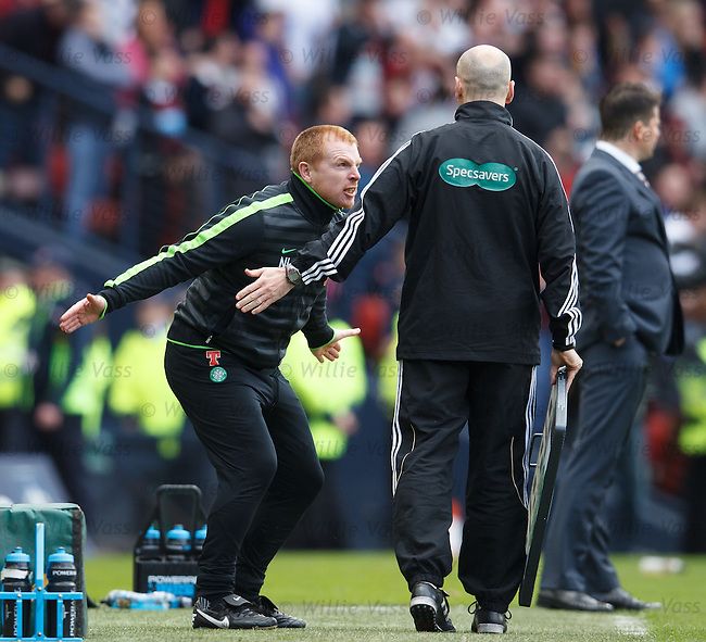 Neil Lennon raging at the officials as Hearts are awarded a penalty