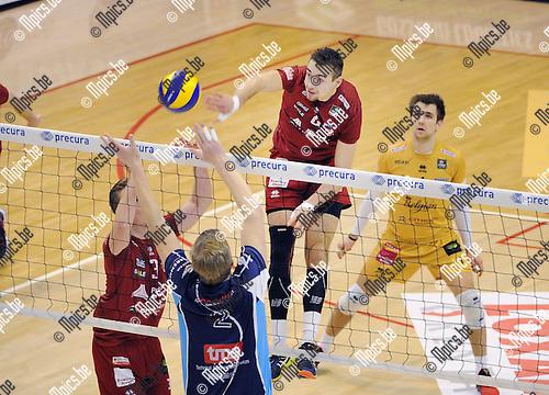 2016-01-30 / Volleybal / Seizoen 2015-2016 / Antwerpen - Waremme / Georg Klein (Antwerpen) met de smash<br /> <br /> Foto: Mpics.be
