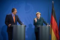 Berlin, Bundeskanzlerin Angel Merkel (CDU,r.) und der Premierminister des Emirats Katar, Scheich Hamad bin Jassim bin Jabor Al Thani (r.) im Bundeskanzleramt, zu einer Pressekonferenz mit dem Premierminister des Staates Katar,Deutschland - April 16: . (Photo by Timur Emek/commonlens)