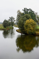 Zufluss der Warta im Nationalpark Warthemündung (Park Narodowy Ujscie Warty), Woiwodschaft Lebus, Polen<br /> tributary of river Warta in National Park (Park Narodowy Ujscie Warty, VoivodshipLebus, Poland