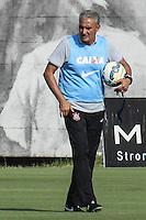 SÃO PAULO, SP, 18.11.2015 - FUTEBOL-CORINTHIANS -  Tite treinador jogador do Corinthians durante sessão de treinamento no Centro de Treinamento Joaquim Grava na região leste de São Paulo nesta quarta-feira, 18. (Foto: Marcos Moraes/Brazil Photo Press)