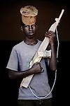 Fredy. 15 ans. 2 ans  passés dans les groupes armés. Bukavu, RDC, juillet 2013.