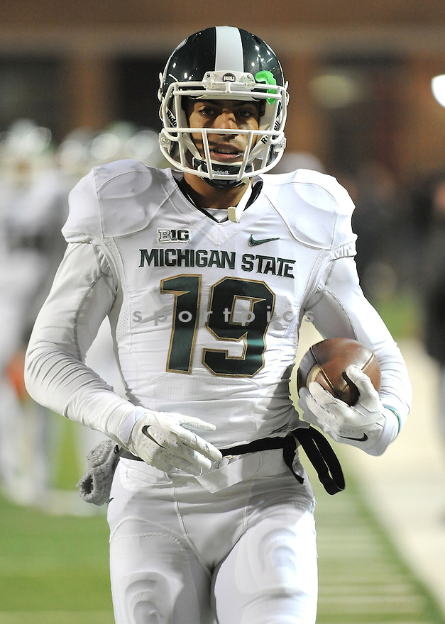 Michigan State Spartans AJ Troup (19) during a game against the Maryland Terrapins on November 15, 2014 at Byrd Stadium in College Park, MD. Michigan State beat Maryland 37-15.