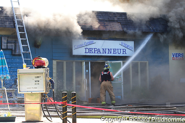 fire destroys building in Grande-Vallee, Chertsey Quebec, June 24th 2009