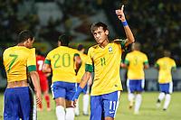 ATENÇÃO EDITOR: FOTO EMBARGADA PARA VEÍCULOS INTERNACIONAIS - RECIFE,PE,10 SETEMBRO 2012 - AMISTOSO SELEÇÃO BRASILEIRA - BRASIL X CHINA Neymar jogador do Brasil comemora gol duarnte partida Brasil x China no Estádio José do Rego Maciel  (Arruda) em Recife na noite desta segunda feira (10).(FOTO ALE VIANNA - BRAZIL PHOTO PRESS).