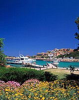 Italy, Sardinia, Costa Smeralda, Porto Cervo: Porto vecchio (old harbour)