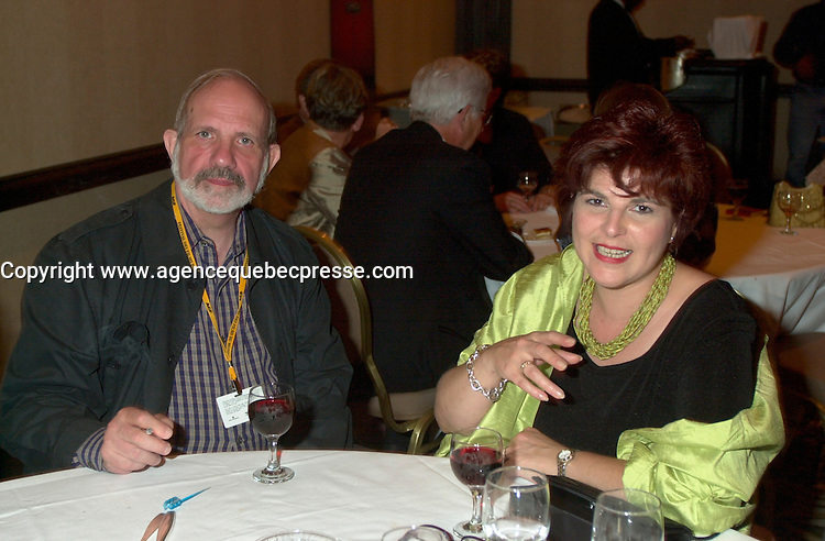 August 23rd  2002, Montreal, Quebec, Canada<br /> <br /> Film maker Brian De palma (L) chat with<br /> Diane Lemieux, Quebec Minister of Cutural Affairs (R),<br /> at the opening reception of the 26th Montreal World Film Festival, August 23rd  2002<br /> <br /> <br /> Mandatory Credit: Photo by Pierre Roussel- Images Distribution. (&copy;) Copyright 2002 by Pierre Roussel <br /> <br /> NOTE : <br />  Nikon D-1 jpeg opened with Qimage icc profile, saved in Adobe 1998 RGB<br /> .Uncompressed  Uncropped  Original  size  file availble on request.