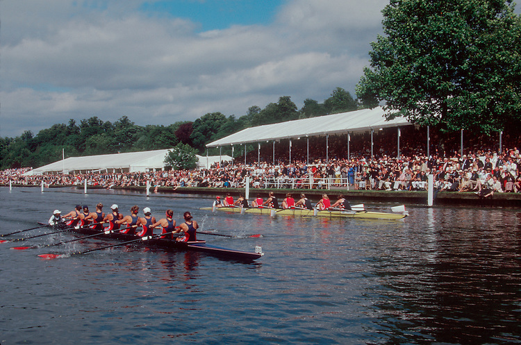 Rowing, The Henley Royal Regatta, US Women's eight defeating Great Britain in the first women's eight race in the Henley Regatta's history 149 year history, 1998, Henley on Thames, Thames River, Buckinghampshire, England, Great Britain, United Kingdom, Europe, .