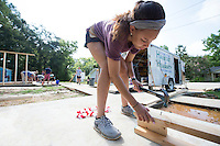 Service DAWGS Day: MSU student volunteer Cheyelle Chatman works at Habitat for Humanity Maroon Edition house.<br />  (photo by Megan Bean / &copy; Mississippi State University)