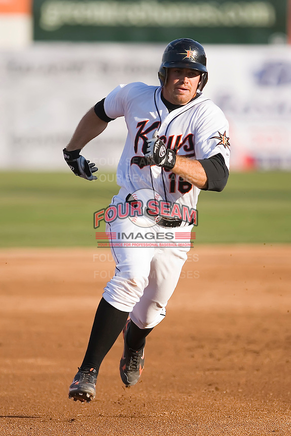 Mike Pierce (16) of the Frederick Keys hustles into third base at Harry Grove Stadium in Frederick, MD, Monday July 14, 2008. (Photo by Brian Westerholt / Four Seam Images)