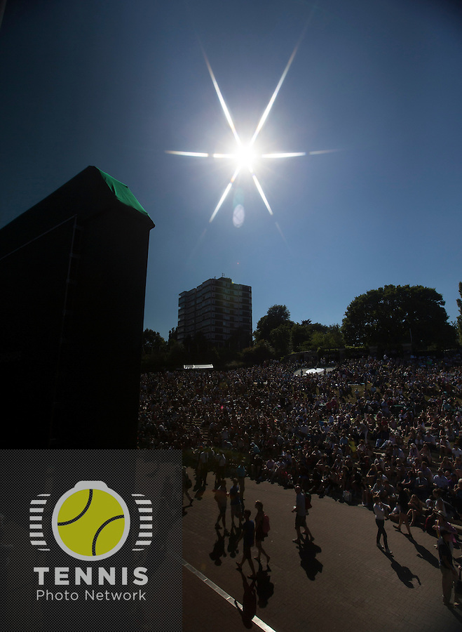 AMBIENCE<br /> <br /> The Championships Wimbledon 2014 - The All England Lawn Tennis Club -  London - UK -  ATP - ITF - WTA-2014  - Grand Slam - Great Britain -  3rd July 2014. <br /> <br /> &copy; Tennis Photo Network