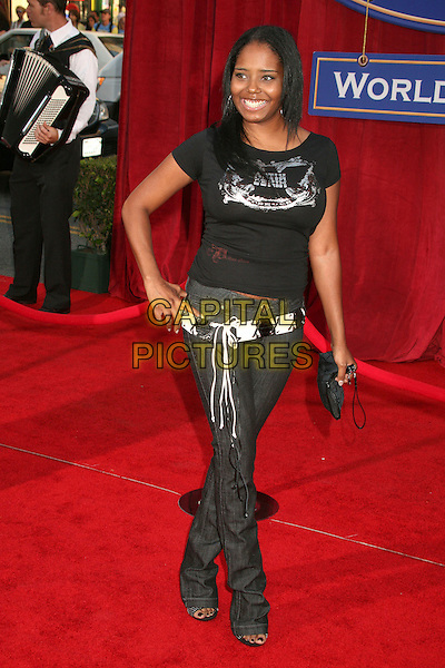 "SHAR JACKSON .""Ratatouille"" Los Angeles Premiere at the Kodak Theatre, Hollywood, California, USA, .22 June 2007..full length black t-shirt belt jeans.CAP/ADM/BP.©Byron Purvis/AdMedia/Capital Pictures."