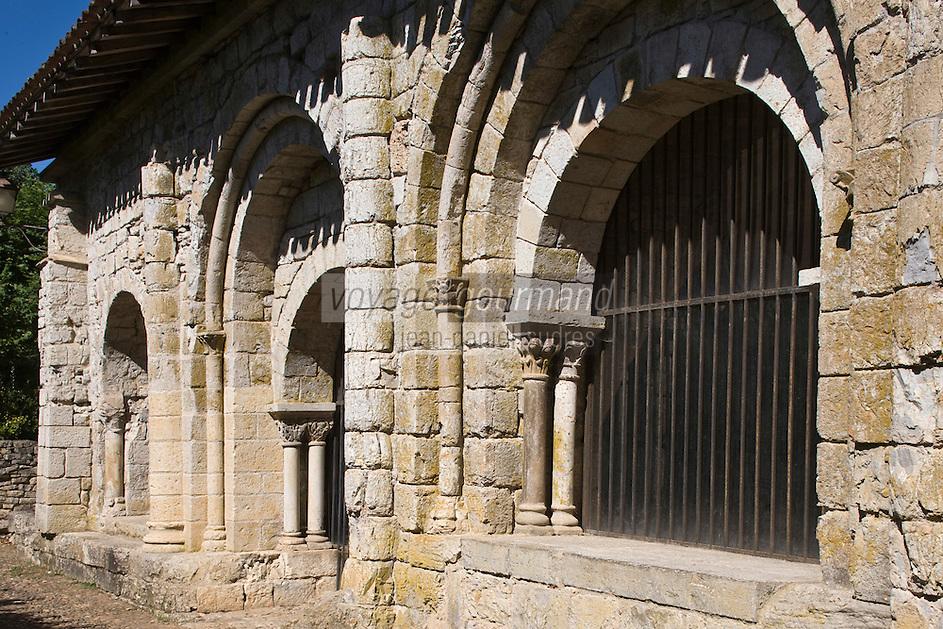 Europe/France/Midi-Pyrénées/46/Lot/Marcilhac-sur-Célé:  la salle capitulaire de l'ancienne  abbatiale et ses chapiteaux romans