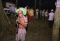 """LideranÁa KaiapÛ evita aproximaÁ""""o dos pescadores sequestrados pelos Ìndios no sul do Par·.<br /> Foto Raimundo PacÛ/O Liberal/Interfoto<br /> 03/08/2000"""