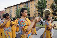 - La comunit&agrave; buddhista Theravada dello Sri Lanka di Milano celebra il Vesak, ricorrenza della nascita, illuminazione e dipartita di Buddha Shakyamuni, con una processione per le vie del quartiere e presso il tempio Lankaramaya.<br /> <br /> - The Theravada Buddhist community of Sri Lanka in Milan celebrates Vesak, the anniversary of the birth, enlightenment and passing away of Buddha Shakyamuni, with a procession through the streets of the neighborhood and at the Lankaramaya temple.