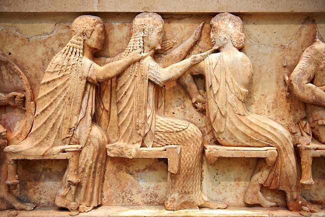 Treasury of Siphnos East Frieze representing scenes from the Trojan War. 525 b.C. .From Left: Aris, Afrodite, Artemis. Delphi Archaeological Museum.