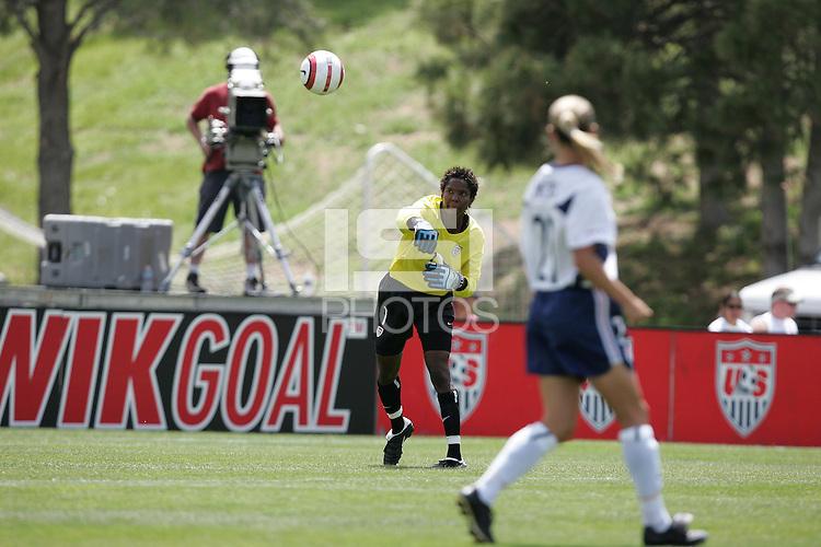 Briana Scurry, USA v Mexico, 2004.
