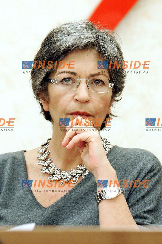 ANNA FINOCCHIARO<br /> Roma 09/12/2010 Conferenza stampa promossa dal PD sul Federalismo<br /> Photo Zucchi Insidefoto