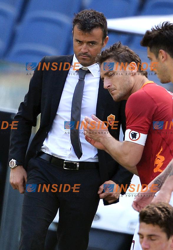 """Luis Enrique e Francesco Totti Roma.Roma 25/4/2012 Stadio """"Olimpico"""".Football Calcio 2011/2012 Serie A.Roma Vs Fiorentina.Foto Insidefoto Andrea Staccioli"""