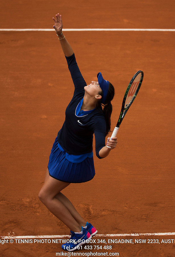 LAURA ROBSON (GBR)<br /> <br /> TENNIS - FRENCH OPEN - ROLAND GARROS - ATP - WTA - ITF - GRAND SLAM - CHAMPIONSHIPS - PARIS - FRANCE - 2016  <br /> <br /> <br /> <br /> &copy; TENNIS PHOTO NETWORK