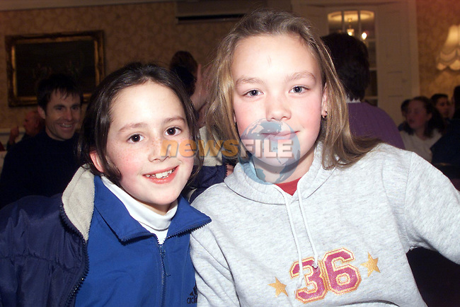 Rachel Draper and Maria McGinty, from Julianstown, at the Julianstown national school table quiz held in the Julianstown Inn..pic: Newsfile